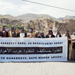 Marsh Arabs protest Ilisu Project in Hasankeyf