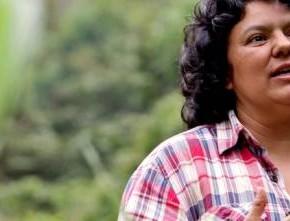 Honduran anti-dam activist Berta Cáceres murdered