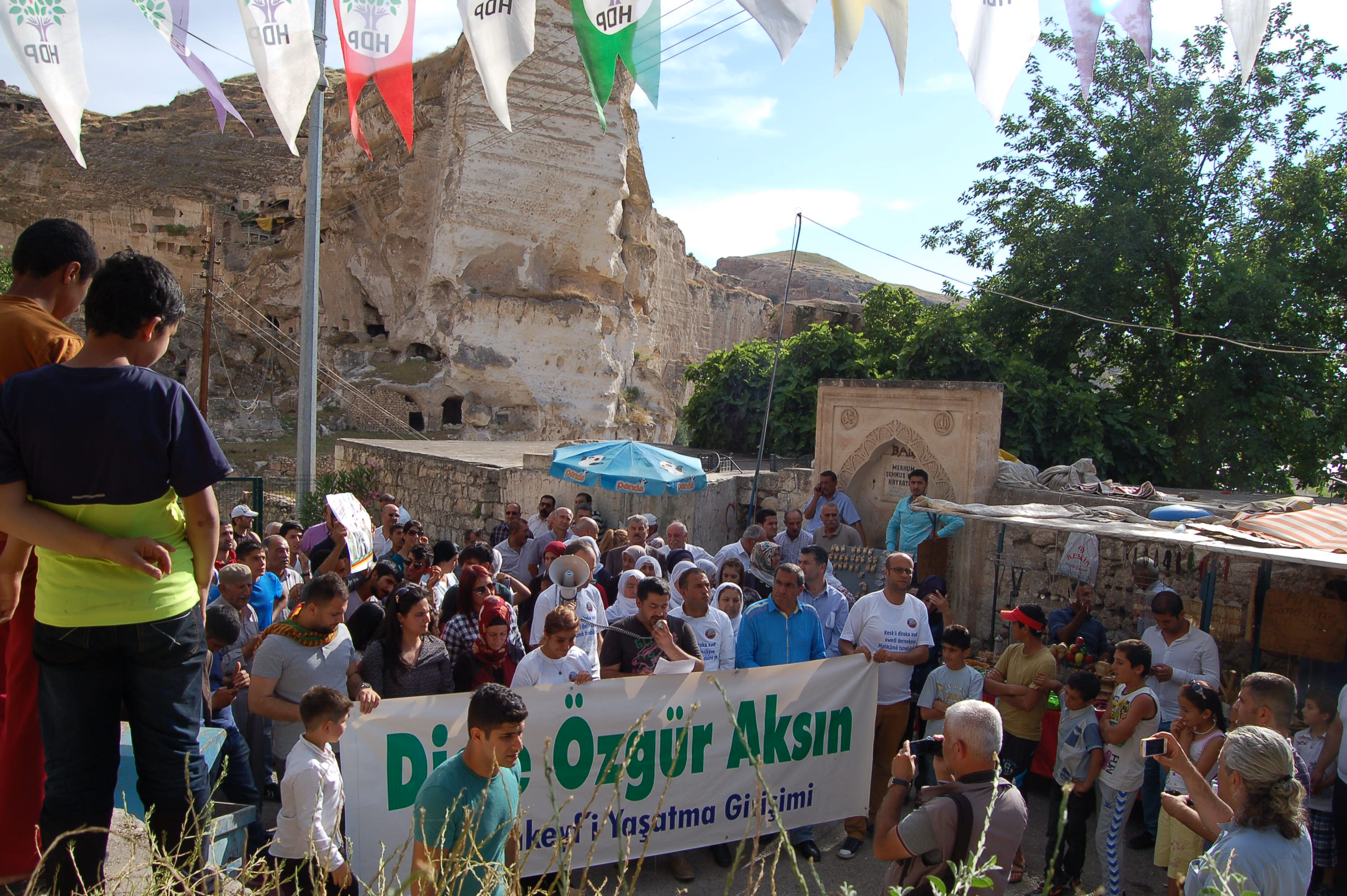 Recent protest in Hasankeyf against Ilisu Dam and the resettlement plans